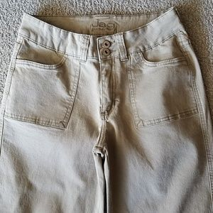 Jag Stretch Woman's Cropped Jeans size 6.